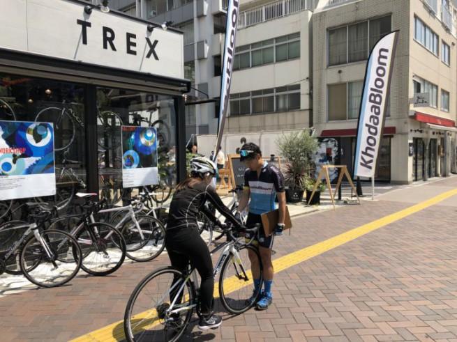 0422_ミニサイクリングツアー TREX TORANOMON CAFE_004