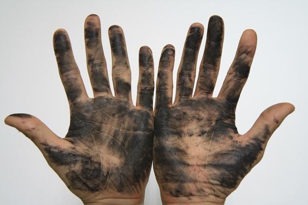 チェーン油で真っ黒